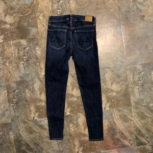 AE size 2 SHORT Super stretch X Jeggings Jeans